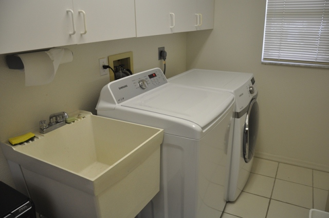 Laundry room photo